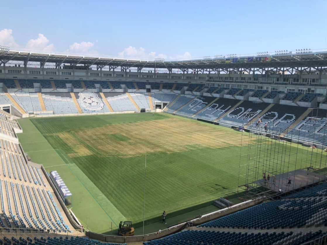 Как выглядит газон стадиона «Черноморец»