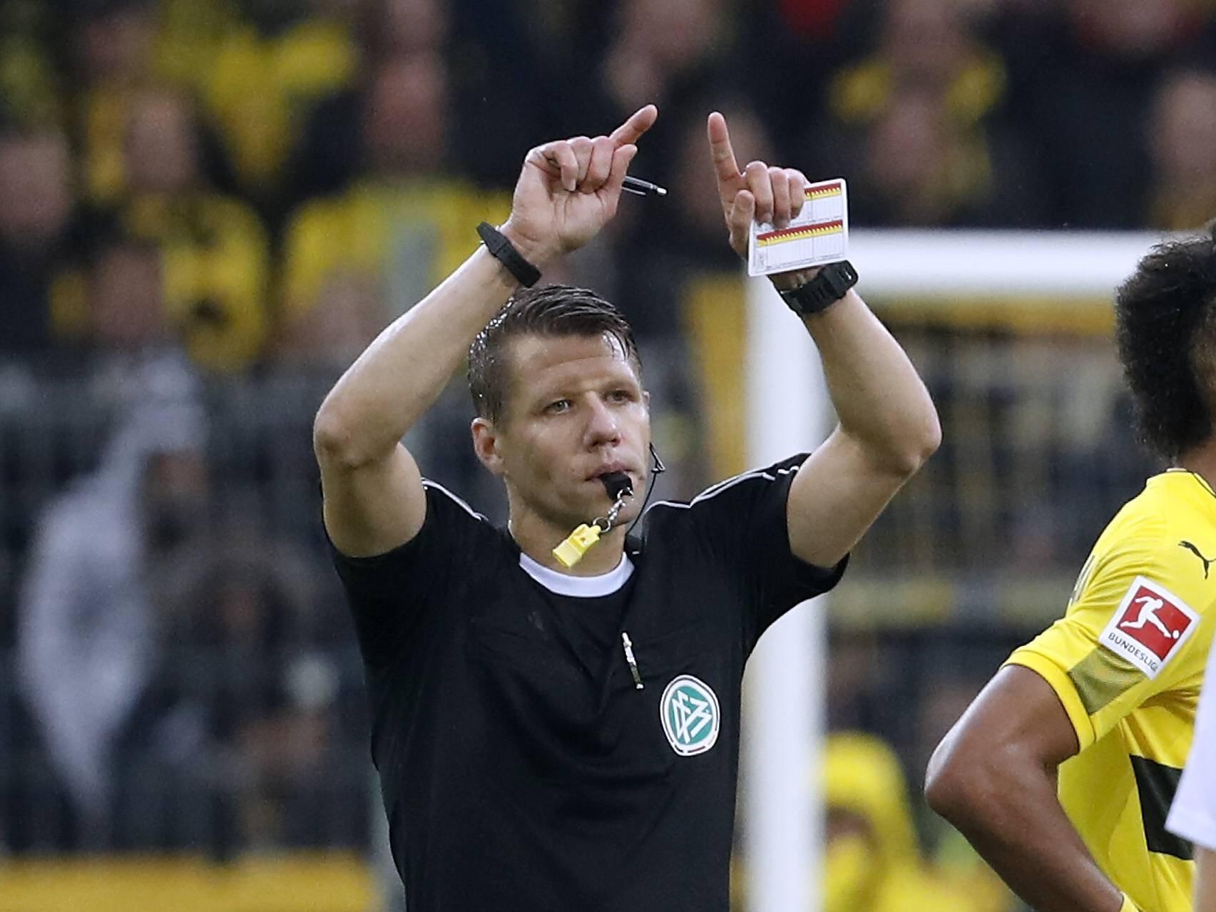 «Стерлинг подставлялся»: что говорят действующие и бывшие арбитры о пенальти в ворота сборной Дании