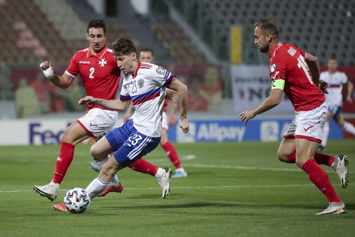Тест. С какими европейскими сборными Россия не играла официальных матчей?