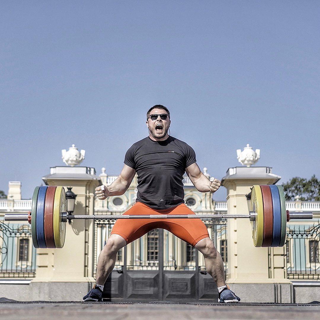 Алексей Торохтий — образцовый спортсмен на пенсии. Знает английский, занимается бизнесом и развивает личный бренд