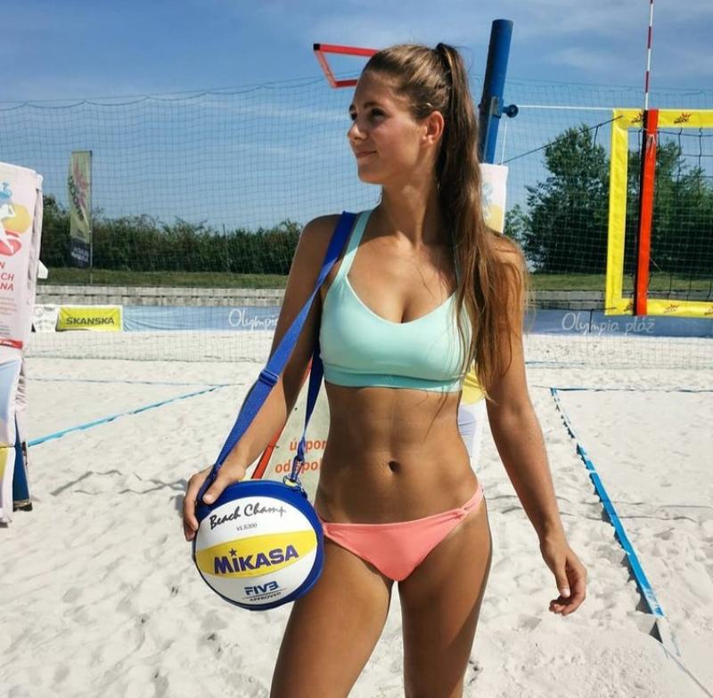 Анна Поспишилова