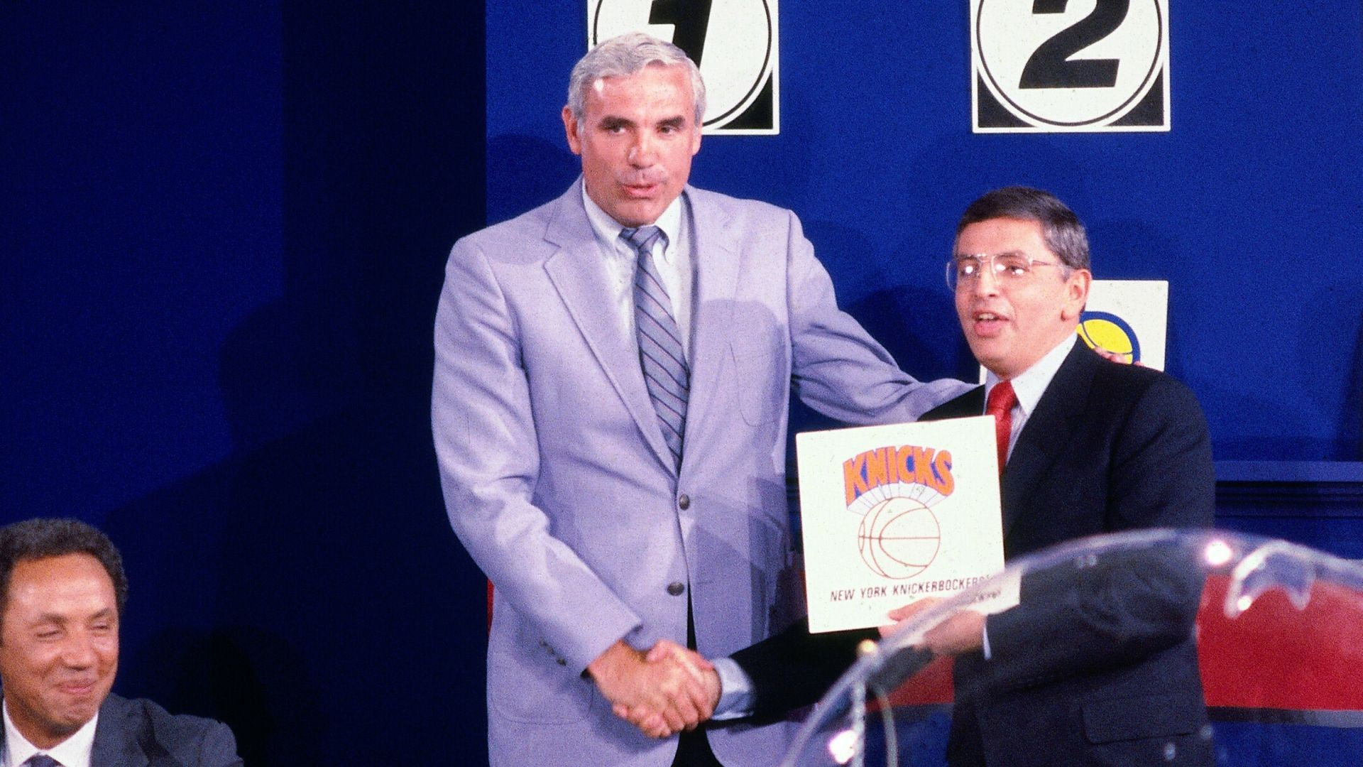 Как Стерн спас лигу в 1985 году или кража Юинга в Нью-Йорк
