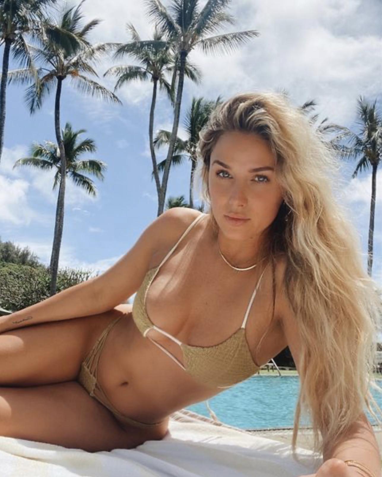Даниэлла Грейс — модель, которую Кариус упустил также легко, как и мяч после удара Бэйла! В 2016-м встречалась с Роналду