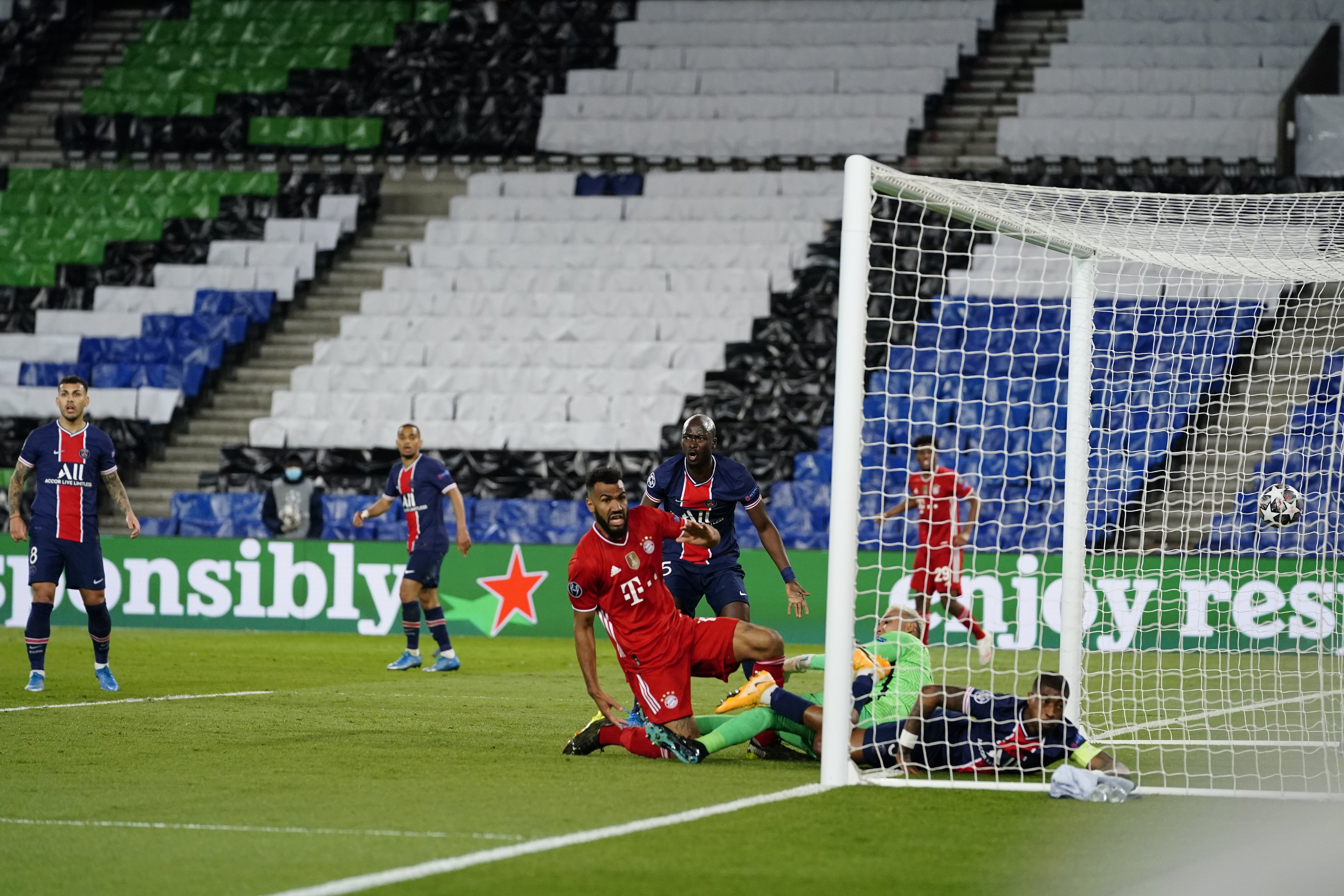 Победа, которая не привела к успеху. Обзор матча «Баварии» в 1/4 Лиги чемпионов