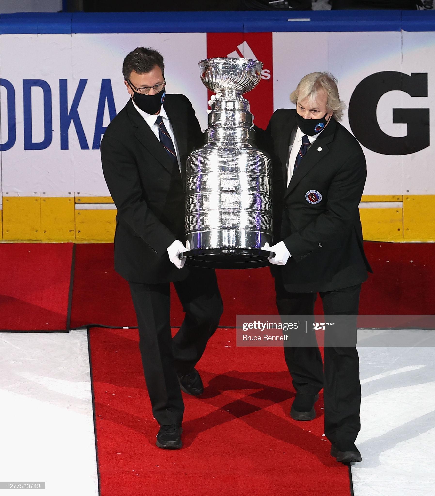 Тут, сынок, у тебя три путя. Обсуждаем возможные форматы плей-офф НХЛ сезона 2020/21