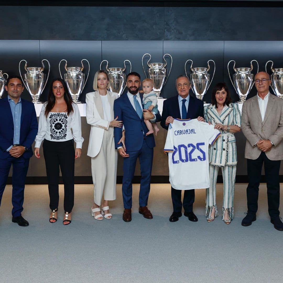 Дафна Канисарес – очаровательная жена Дани Карвахаля. Защитник продлил контракт с «Реалом» вместе с ней!