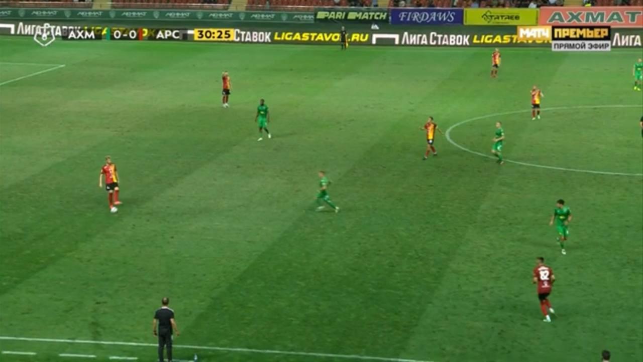 Скандальный гол «Ахмата» с игнором фэйр-плей: Бериша полетел забивать, когда мяч выбивали в аут из-за травмы