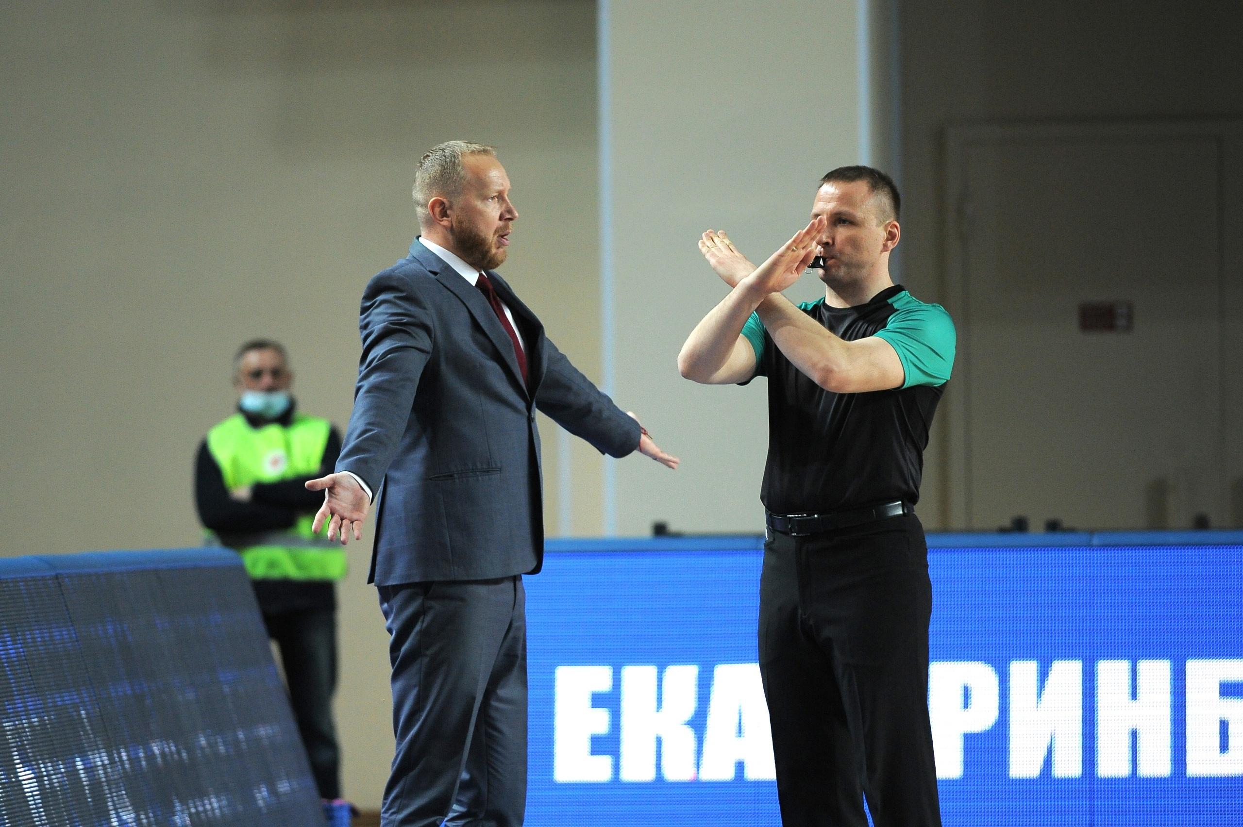 Сенсация в четвертьфинале и будничные победы УГМК и «Динамо». Главные события плей-офф Премьер-лиги накануне ее развязки
