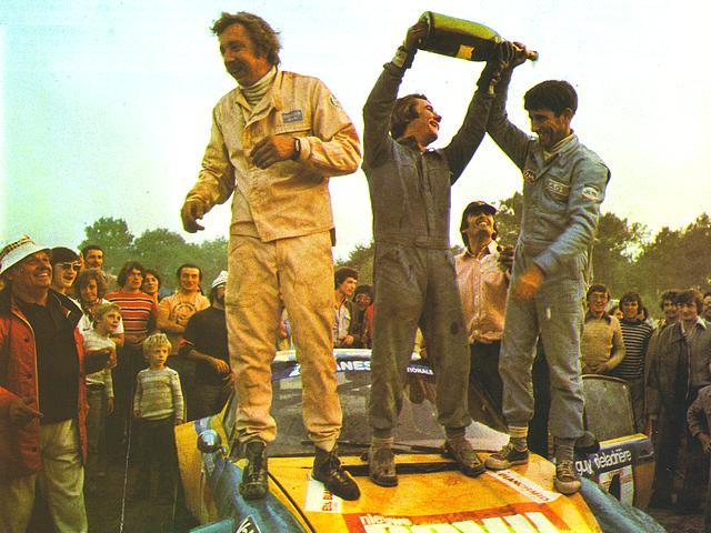 Историческая победа на «Дакаре»: любитель выиграл этап впервые за 32 года. Он сам строит машины и гоняется ради благотворительности