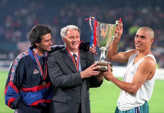 Летом стартует Лига Конференций. А раньше уже разыгрывали три еврокубка. Вспоминаем, как рождался и умирал Кубок Кубков